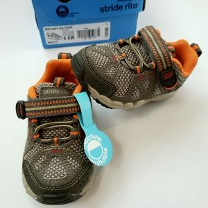 NIB[Stride Rite]4XW Toddler Leather Upper Sneakers